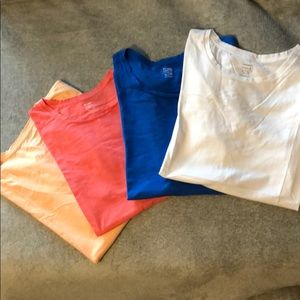 FOUR Old Navy Short Sleeved Tees